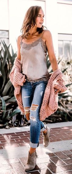 Fall Style // Chic fall outfit idea. #casualfalloutfits