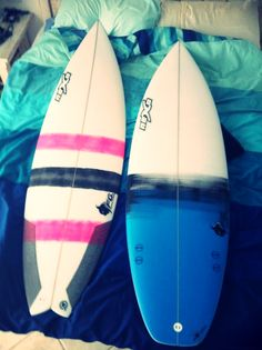 lovely couple... Surfboard artwork #uppercut and #bullseye by Nexo Surfboards