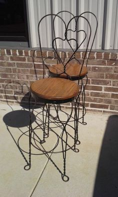 Wrought Iron And Oak Ice Cream Parlor Table And Chairs