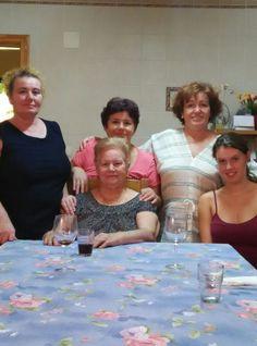 madre, tia y abuela