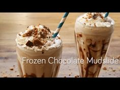 This drink looks like a chocolate smoothie, but don't be fooled. The mudslide is deliciously embellished with vodka, Irish cream and coffee liqueur. Frappuccino, Mudslide Recipe, Mudslide Drink, Custard Tart, Christmas Pudding, Irish Cream, Apple Slices, Kakao, Allrecipes