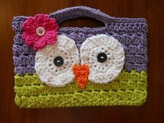From Lizbeths Designs ... I love these cases!! (Designed by a friend's daughter :-)   http://www.etsy.com/listing/89246377/ereader-sleeve ... LizbethsDesigns