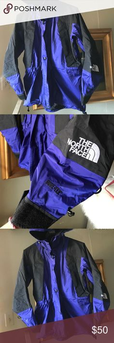 The North Face women Long hooded Gore-Tex jacket M The North Face Gore -Tex jacket in excellent preowned condition size m The North Face Jackets & Coats