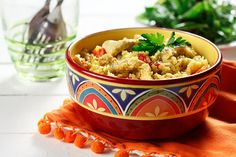 This one-pot chicken biryani recipe is a quick, easy and healthy version of the traditional East Indian dish! Potluck Recipes, Spicy Recipes, Easy Chicken Recipes, Indian Food Recipes, Healthy Recipes, Ethnic Recipes, Diabetic Recipes, One Pot Dishes, Biryani Recipe