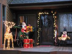 Stunning Outdoor Christmas Displays : Page 05 : Decorating : Home & Garden Television Christmas Porch, Christmas Lights, Christmas Ornaments, Christmas Displays, Christmas Ideas, Christmas 2019, White Christmas, Holiday Ideas, Vintage Christmas