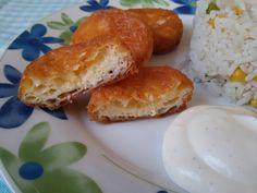 Betti gluténmentes konyhája: Rántott sajt Diet Recipes, Hamburger, Bread, Food, Meal, Brot, Eten, Hamburgers, Breads