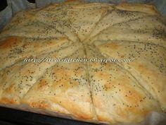 Kombe,turcesc. Bread, Cheese, Food, Brot, Essen, Baking, Meals, Breads, Buns