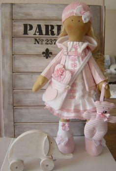 Ružová svetlovláska s medvedíkom …