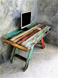 Repurposed Wooden Pallet Projects repurposed-wood-pallet-table The post Repurposed Wooden Pallet Projects appeared first on Pallet Diy. Wood Pallet Tables, Wooden Pallet Projects, Wooden Pallet Furniture, Pallet Crafts, Wooden Pallets, Pallet Ideas, Wooden Diy, Painted Furniture, Pallet Wood