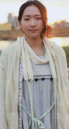 新垣結衣 iPhone壁紙 Wallpaper Backgrounds iPhone6/6S and Plus  Yui Aragaki Japanese Actress iPhone Wallpaper
