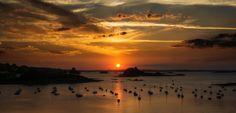 https://flic.kr/p/AAofUQ | Sunset sur la Baie de Morlaix | Une des plus belles vues sur la baie de Morlaix avec le château du Taureau et l'ile Stérec , sans oublier les clochers de Saint Pol de Léon .