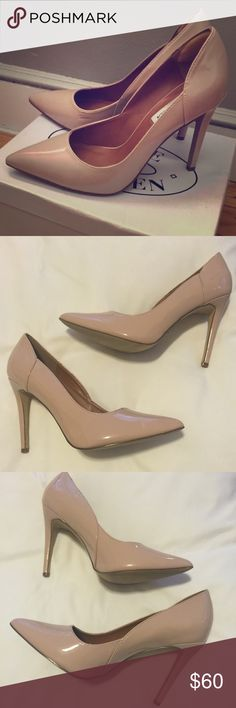 NEW STEVE MADDEN BLUSH PATENT HEELS - 10 NEW STEVE MADDEN BLUSH PATENT HEELS - 10. Brand new but no box. First pic is just stock image so any mark seen there is not on my pair. See my images in 2-4. Steve Madden Shoes