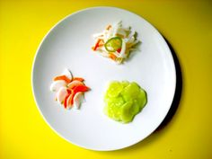 Clockwise from top: Napa Cabbage, Daikon, and Carrots; Daikon and Carrot. Asian Recipes, Ethnic Recipes, Asian Foods, Japanese Kitchen, Japanese Food, Japanese Pickles, Napa Cabbage, Chinese Cabbage, Yummy Chicken Recipes