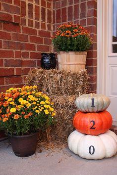 Fall Front Porch Decor Autumn DIY House Number Pumpkins - #fall #fallporch #DIY