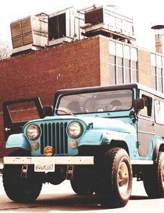 Jeep azul - celeste