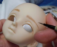 Tutorial on how to repaint your dolls.
