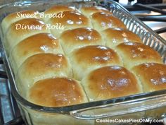 Sweet Bread Rolls 2019 Sweet Bread Dinner Rolls When you use any Demarle product such as the Grande Round Mold or the Flexipat there is NO NEED for greased baking sheet or in greased cake pans! The post Sweet Bread Rolls 2019 appeared first on Rolls Diy. Scones, Croissants, Bread Machine Recipes, Bread Recipes, Amish Recipes, Cake Mix Recipes, Bread And Pastries, Biscuits, Bread Rolls