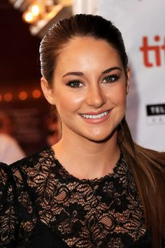 Shailene Woodley night time makeup for those who don't wear as much makeup
