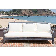 Safavieh Pasadena Outdoor Day Bed