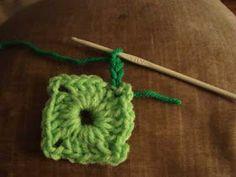 Crochet paso a paso: 1) Cuadrado a crochet Pixel Crochet, Crochet Art, Manta Crochet, Crochet Bebe, Lana, Crochet Necklace, Afghans, Crochet Square Patterns, Crochet Granny Squares