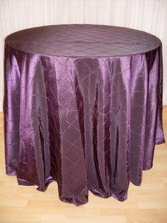 Eggplant Pintuck #linen #texture #purple #chairdecor #linenfactory #event #finelinen #tabledecor