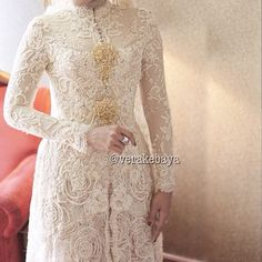 Vera Kebaya Vera Kebaya, Kebaya Lace, Kebaya Brokat, Batik Kebaya, Kebaya Dress, Kebaya Wedding, Muslimah Wedding Dress, Muslim Wedding Dresses, Model Kebaya Modern