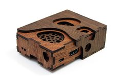 Designed and Handcrafted in USA For Raspberry Pi B+ and new model Includes Rubber Feet Air Vents Over CPU A work of art created with three layers of Philippine Mahogany plywood. This case is easy t Microsoft Windows, Mac Os, Linux, Pi Computer, Rasberry Pi, Raspberry Pi Projects, Cool Tech, Diy Tech, Electronics Projects