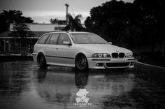 BMW E39 5 series Touring deep dish b&w