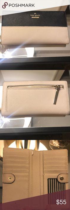 Kate spade wallet Lightly used Kate spade wallet kate spade Bags Wallets