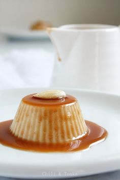 almond and caramel pana cotta