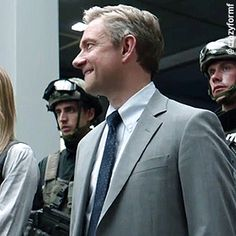 Martin Freeman in the Captain America: Civil War blooper reel - swearing and laughing - basically being himself