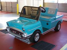 """I want this golf cart, only in red..... """"1957 CHEVY GOLF CART"""".....how COOL!!"""