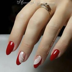 Cute Nail Art Ideas for a Red Manicure Red Manicure, Manicure E Pedicure, Red Nails, Glitter Nails, Glitter Art, Fall Pedicure, White Nails, Red Glitter, Sparkle Nails