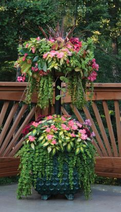 Basket Column Kits for 2-Level Floral Displays » Side Planting » Side Planting