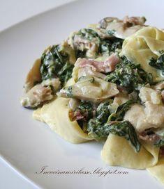 In cucina mi rilasso: Pappardelle con sugo di porcini, prosciutto di Parma e spinaci freschi