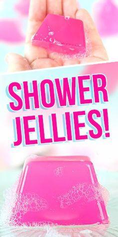 DIY your Christmas gifts this year with GLAMULET. they are compatible with … DIY your Christmas gifts this year with GLAMULET. they are compatible with Pandora bracelets. DIY: Shower Jellies (Just Like LUSH! Bath Bomb Recipes, Soap Recipes, Bath Jellies, Shower Jellies Diy, Diy Savon, Diy Cadeau Noel, Lush, Diy Shower, Shower Ideas