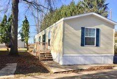 5 Used Mobile Homes, Mobile Homes For Sale, Manufactured Homes For Sale, Home List, Modular Homes, Types Of Houses, Dining Set, Open House, Colonial
