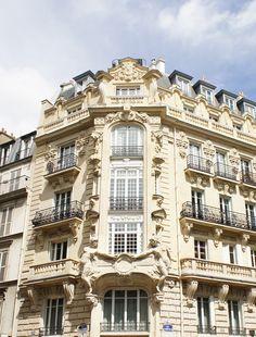 Juste un bel immeuble Parisien !