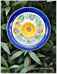 Sunflower Plate Flower Garden Stake  As by GardenWhimsiesByMary, $38.00