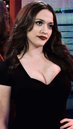 Beautiful Celebrities, Beautiful Actresses, Gorgeous Women, Kat Dennings Pics, Kat Dennigs, Two Broke Girl, Christina Hendricks, Hollywood Actresses, American Actress