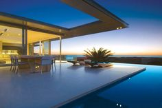 Designed by well-known Cape Town architect, Stefan Antoni Olmesdahl Truen Architects [SAOTA] this amazing house is located in Camps Bay beach, Cape Town, South Africa.
