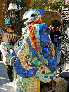 Parc Guell. Antoni Gaudi. Barcelona, Spain. December 2011.   Эксклюзивные услуги в Барселоне и  Предлагаем услуги экскурсии  трансфер, отдых, #travel