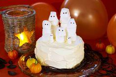 Spøkelseskake til halloween Thanksgiving, Autumn, Cakes, Halloween, Desserts, Food, Tailgate Desserts, Fall, Scan Bran Cake