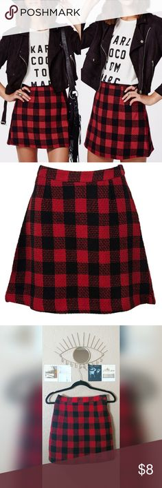 Choies red and black woven plaid skirt, size 4 Red and black plaid contrast check skirt with nice quality thick fabric, an a-line silhouette and a zipper closure. Size 4. Like new with no damage. CHOiES Skirts A-Line or Full