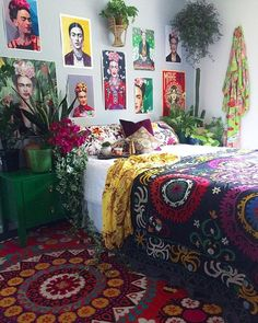 Its Frida Fridayyyyyyyyy ya'll . . Our Black Magic Suzani on the bed. Our Gypsy Medallion Suzani on the floor, my cheeky kimonos draped on the wall & bed & my girl Frida's hugging the walls! . . May you sit comfortably in your power today my friends & find peace in that majesty ❤️ . . That's the goal! Haha . . LETS GO FRIDAY!