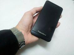 "#inst10 #ReGram @jyong.han: khác biệt... #blackberry  #blackberryz10 #bb10 #blackberryphotos #teamblackberry ...... #BlackBerryClubs #BlackBerryPhotos #BBer ....... #OldBlackBerry #NewBlackBerry ....... #BlackBerryMobile #BBMobile #BBMobileUS #BBMibleCA ....... #RIM #QWERTY #Keyboard .......  70% Off More BlackBerry: "" http://ift.tt/2otBzeO ""  .......  #Hashtag "" #BlackBerryClubs "" ......."
