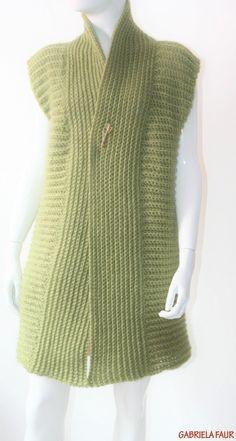 Cardigan crosetat manual; tutorial cu poze si explicatii Crochet Stitches, Men Sweater, Sweaters, Crochet Ideas, Capricorn, Fashion, Tejidos, Winter Jackets, Wraps