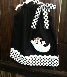 pillowcases and pillowcase dolls Items similar to Halloween Girl Ghost pillowcase dress on Etsy Baby Clothes Patterns, Clothing Patterns, Sewing For Kids, Baby Sewing, Pillowcase Dress Pattern, Pillowcase Dresses, Little Girl Dresses, Girls Dresses, Party Dresses
