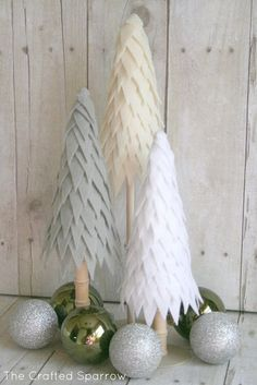 Cone Christmas Trees, Alternative Christmas Tree, Christmas Tree Crafts, Beautiful Christmas Trees, Noel Christmas, Christmas Projects, Handmade Christmas, Holiday Crafts, Christmas Ornaments
