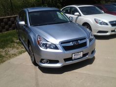 Subaru Legacy in Silver, SL14014